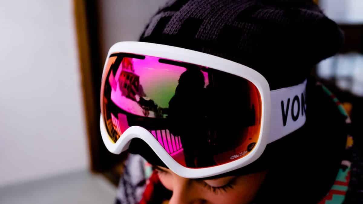 rose ski goggles