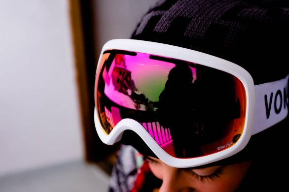 6 Major Reasons You SHOULD Really Wear Ski Goggles
