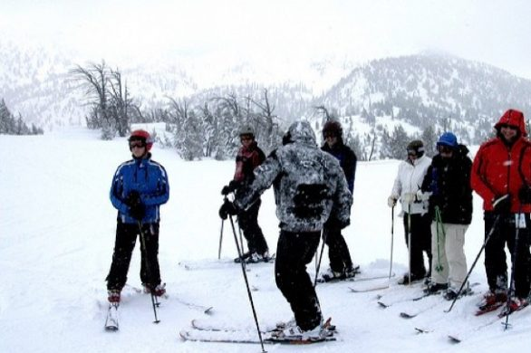 Why You (Don't) Need Lessons to Ski. Unbiased Pros Vs Cons