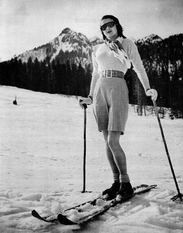 skier women 920