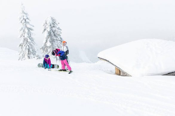 Best Ski & Snowboard Goggles For Kids 2020