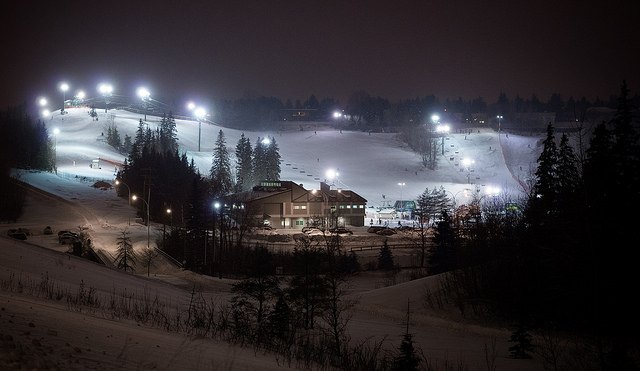 night ski valley