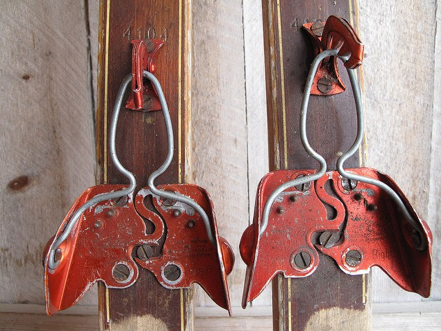 old ski bindings