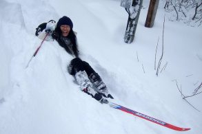 How To Fall On Skis & NOT Hurt Yourself