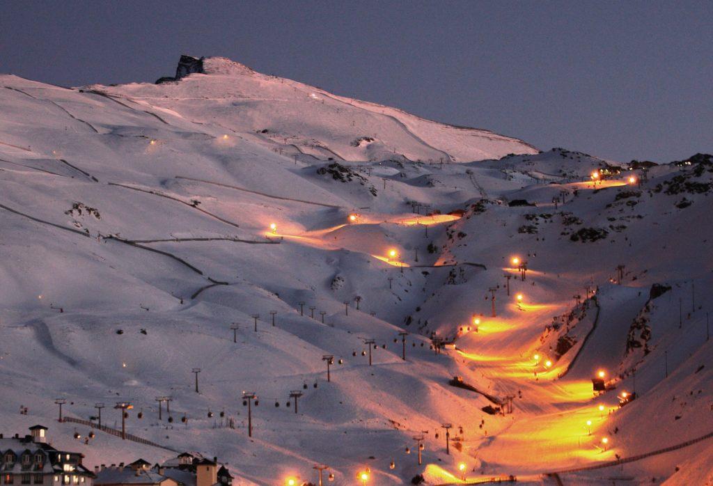 sierra nevada night skiing