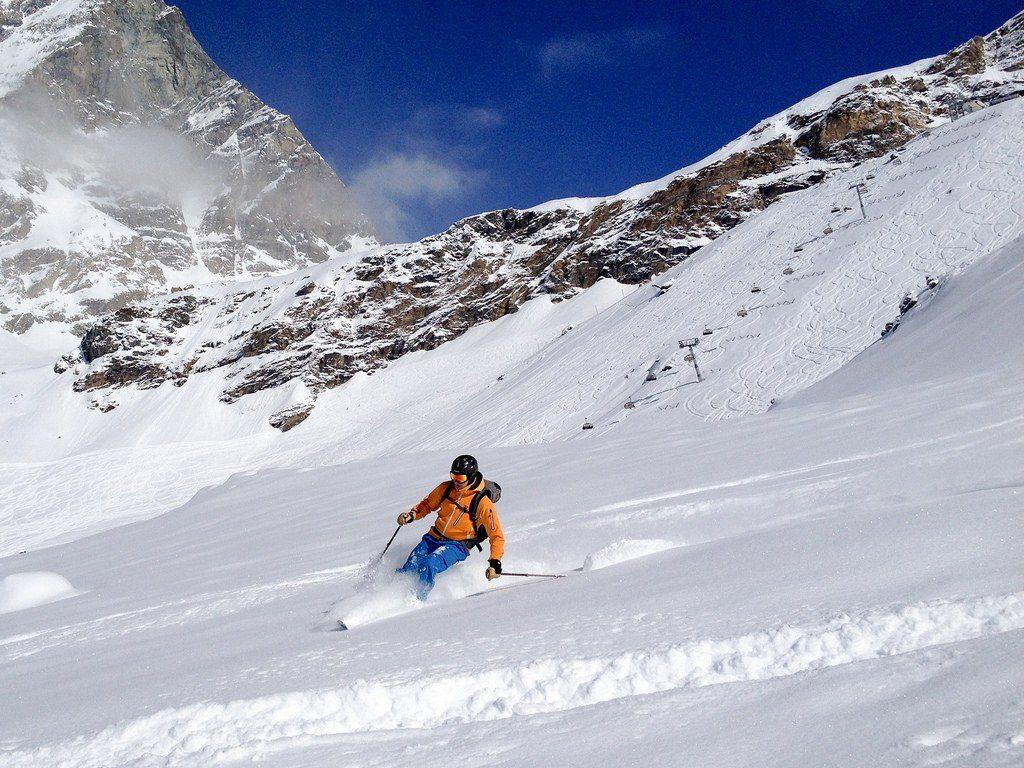 fresh powder skiing