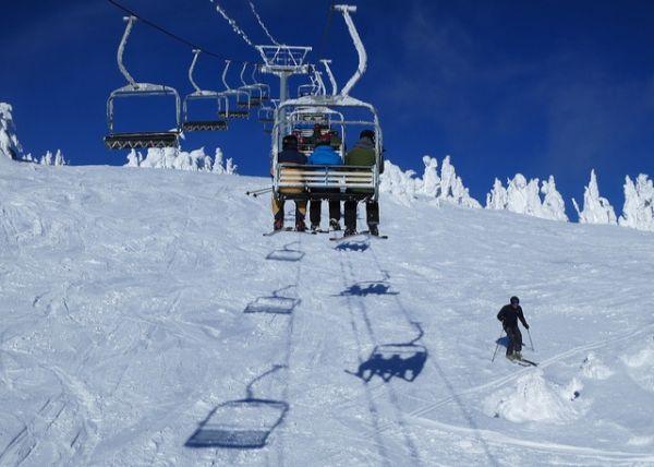 ski ice