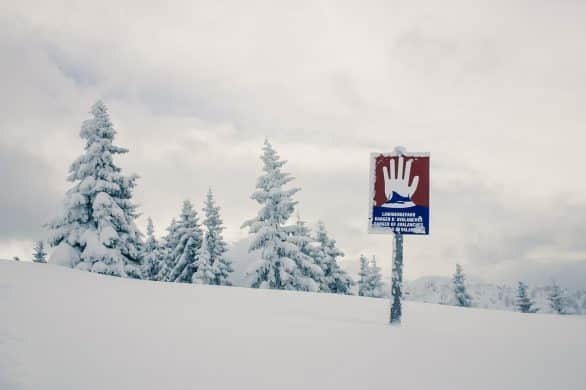 Can Skiers Cause an Avalanche? (Do's & Don'ts)